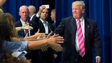 Trump stara się zjednać sobie grupy wyborców, których do siebie zraził
