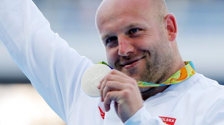 Małachowski sprzedał swój medal. Pieniądze pomogą w leczeniu małego chłopca
