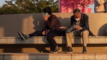 """Chiny walczą z """"feminizacją"""" młodzieży. Wzmocnią rekrutację męskich nauczycieli"""