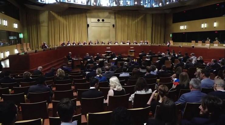 Trybunał Sprawiedliwości UE: można wstrzymać ekstradycję, jeśli jest obawa o niezawisłość sądu
