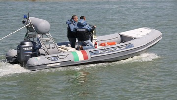 Z jeziora Garda wyłowiono ciało polskiego nurka. Na brzegu czekała na niego matka