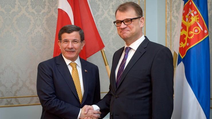 Premier Turcji: porozumienie z UE w sprawie uchodźców działa