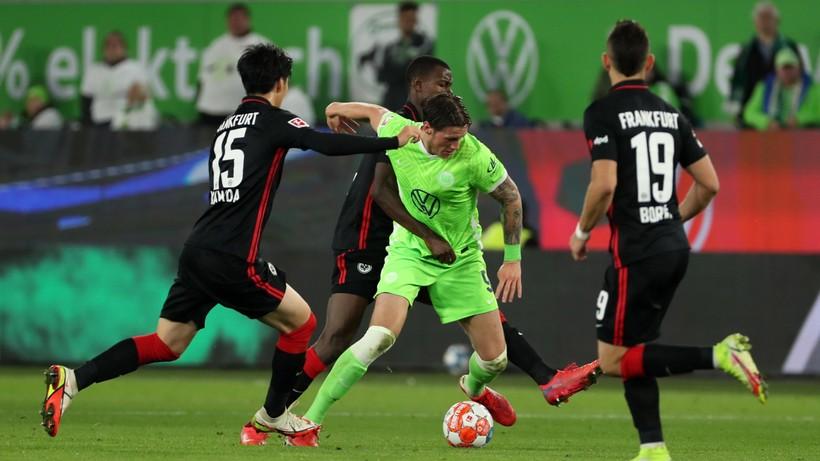 Bundesliga: Bayern Monachium liderem po remisie Wolfsburga