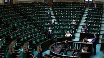 PO: odpowiedzialni za straty SKOK-ów siedzą w parlamencie z rekomendacji PiS
