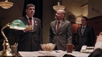 """""""Znakomity"""" i """"zabawny"""" - Macierewicz i Błaszczak o serialu """"Ucho prezesa"""". Premier żartowała, że wystąpi o tantiemy"""