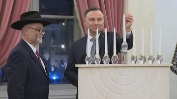 """Prezydent Duda zapalił świecę chanukową. """"Cieszę się, że jesteśmy razem"""""""