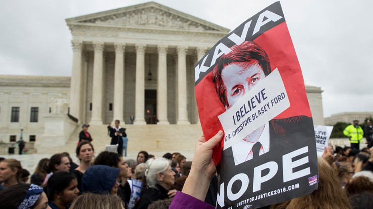 Kolejna kobieta oskarża o molestowanie seksualne kandydata Trumpa do Sądu Najwyższego