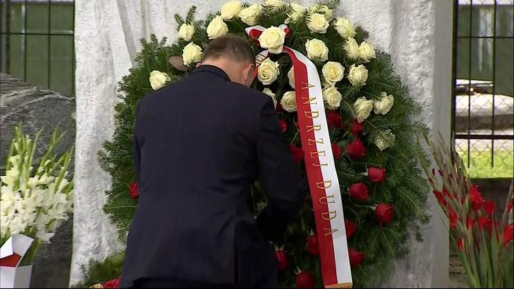 Prezydent złożył kwiaty przed pomnikiem upamiętniającym ofiary rzezi Woli
