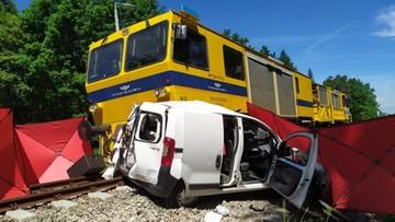 Tragiczny wypadek na przejeździe. Nie żyje 23-latka