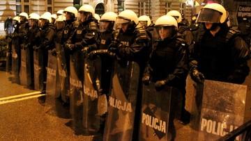 Policja o zamieszkach w Ełku: chuligani wykorzystali tragedię
