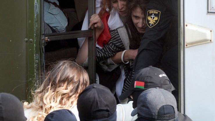 Opozycyjny pochód kobiet na Białorusi. Milicja zatrzymała ponad 40 osób