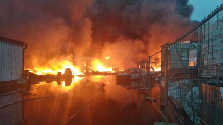 Pożar składowiska odpadów w Sosnowcu. Rusza śledztwo