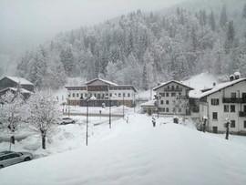 Paraliż komunikacyjny na północy Włoch z powodu śnieżyc