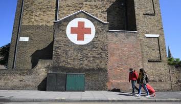 Koronawirus w W. Brytanii. Nowe dane wskazują, że szczyt zgonów już minął