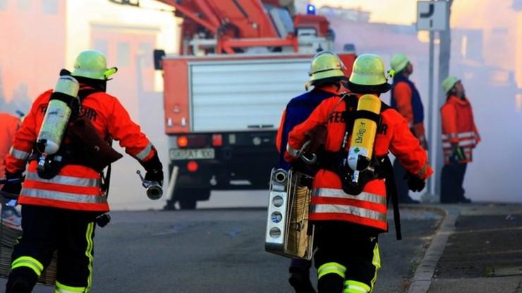 Pożar we Francji. Matka skoczyła z ósmego piętra. Na rękach miała niemowlę, dziecko ocalało