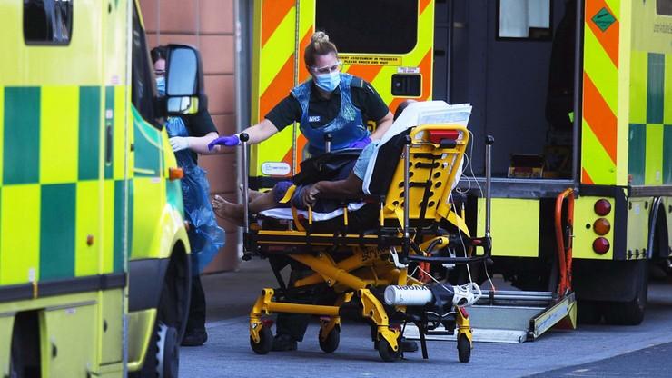 Koronawirus w W. Brytanii. 449 nowych zgonów, rząd odpiera zarzuty o zaniedbaniach