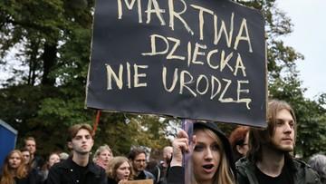 Przed Sejmem demonstracje zwolenników i przeciwników aborcji