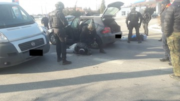 Zastraszali swoje ofiary i żądali pieniędzy. Policja rozbiła grupę wymuszającą haracze