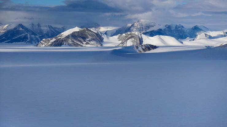 Amerykanin jako pierwszy, samotnie, bez wsparcia, przeszedł Antarktydę