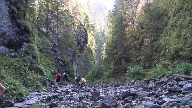Cud w Tatrach. Mężczyzna przeżył upadek z 40 metrów