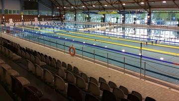 Kibice wracają do hal sportowych. Zniesiono limity osób na basenach