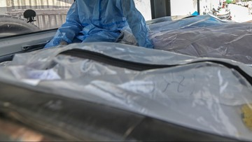 Nowy Jork. Kilkaset ciał ofiar koronawirusa leży w chłodniach od zeszłego roku