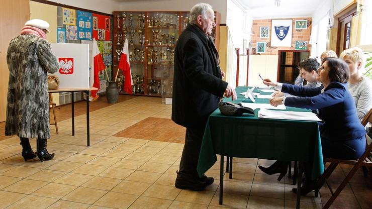 W Białymstoku zakończyło się referendum ws. budowy regionalnego lotniska