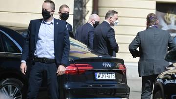 Działania prezydenta i premiera w czasach koronawirusa. Jak oceniają ich Polacy?