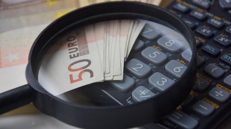 Holandia. Para emerytów unikała podatków. Musieli zapłacić milion euro