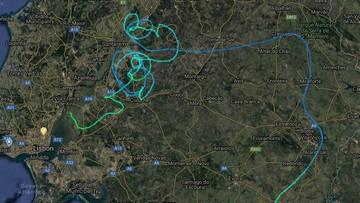 """Awaria samolotu. 90 minut """"akrobacji"""" i walki o bezpieczne lądowanie"""