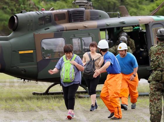 Zalecenie ewakuacji z powodu deszczy otrzymało łącznie 1,32 mln mieszkańców wyspy Kiusiu