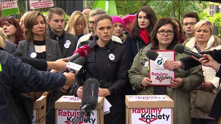Ordo Iuris chce, by prokuratura sprawdziła, czy Nowacka zawyżyła liczbę podpisów pod projektem liberalizującym prawo aborcyjne