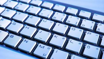 NATO uzna cyberprzestrzeń jako sferę działań wojennych