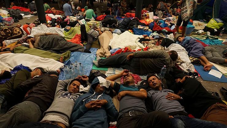 Mniej brutalnych napaści na uchodźców i ich ośrodki w Niemczech