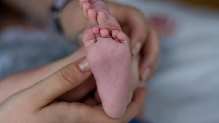 Kolejny szpital zabronił rodzicom odwiedzać dzieci. Ruszyła akcja #ZostańZeMną