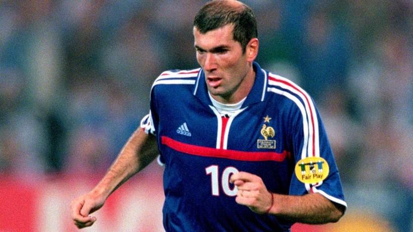 Koszulka Zinedine Zidane'a sprzedana na aukcji za 100 tys. dolarów