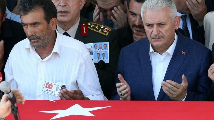Premier Turcji podał oficjalny bilans ofiar nieudanego puczu: zginęło 208 osób, ponad 7,5 tys. aresztowano