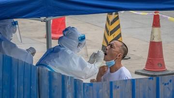 Z powodu koronawirusa odwołano 1500 lotów. Druga fala zakażeń w Chinach?