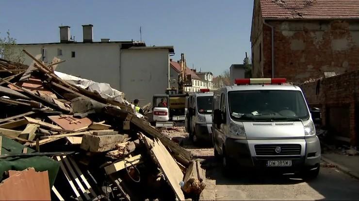 Prokuratura umorzyła śledztwo ws. katastrofy w Świebodzicach. Nie ustalono przyczyny wybuchu gazu