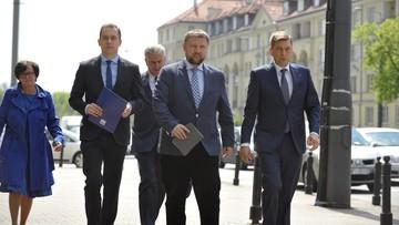 """""""Ujawnienie tajemnic polskiego wojska"""". Wniosek ws. przekroczenia uprawnień przez szefa MON"""