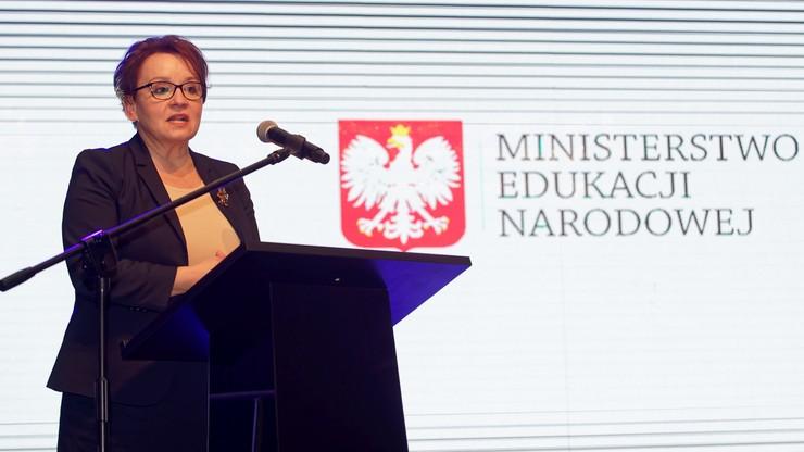 Jest akt oskarżenia ws. znieważenia minister Zalewskiej