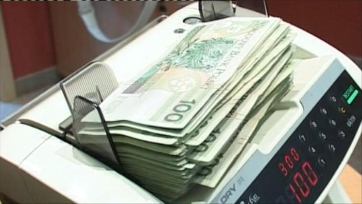 Pracownicy parabanku oskarżeni o oszukanie blisko tysiąca klientów. Straty na ponad milion zł