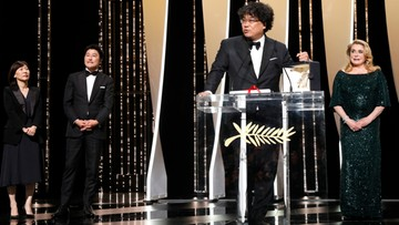 """""""Parasite"""" w reż. Bong Joon-Ho otrzymał Złotą Palmę 72. MFF w Cannes"""