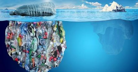 Odkryto olbrzymie wysypisko śmieci 11 kilometrów pod powierzchnią wody
