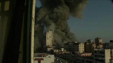 W strefie Gazy runął trzeci wieżowiec. Benjamin Netanjahu gratuluje żołnierzom