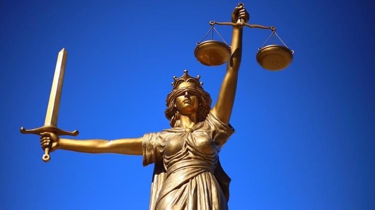 """Jesteśmy celami """"niespotykanego wcześniej ataku medialnego"""". Sędziowie występują na drogę sądową"""