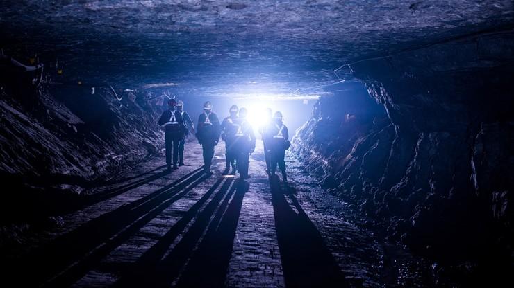 Każdy górnik musi dmuchać w alkomat. W największej kopalni KGHM