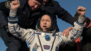Przebywali w kosmosie od 28 lipca. Trzej członkowie załogi ISS powrócili na Ziemię