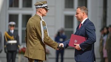 Prezydent wręczył nominacje generalskie. Gen. Rajmund Andrzejczak naczelnym dowódcą na czas wojny