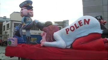 Dusseldorf: kontrowersyjna figura Kaczyńskiego przejechała przez miasto w pochodzie
